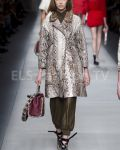 Fendi SS 2016 MFW access to view full gallery. #Fendi #MFW15